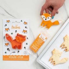 Fox Plastic Cookie Cutter by Decora D7,5 x 10cm.