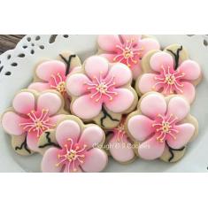 Scallop Flower Metallic Cookie Cutter 3.75 in