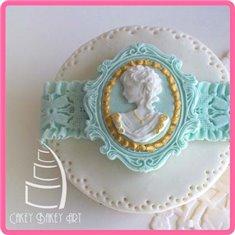 Katy Sue Mould - Miniature Frame Oval Frame and Cameo