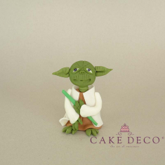 Cake Deco Green Magician of the darkness (inspired by the Star Wars figure Yoda)