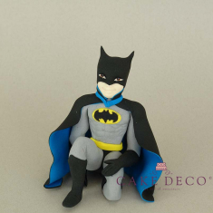 Cake Deco sitting Bat figure (inspired by the hero Batman)