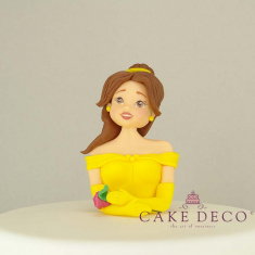 Cake Deco Half Princess with yellow dress (inspired by the Disney figure Beauty)