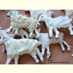 Standing Lamb Cookie Cutter 3 in
