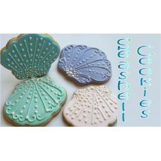 Metallic Cookie Cutter Seashell